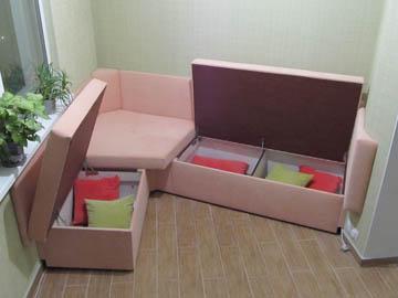 Нестандартный угловой диван с ящиками