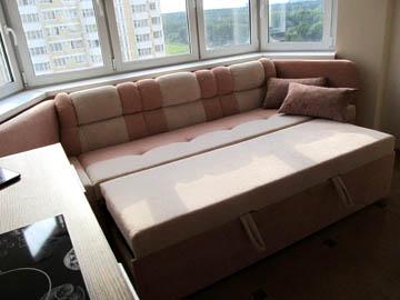 Эркерные диваны со спальным местом