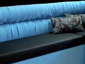 Кухонный диван в эркер