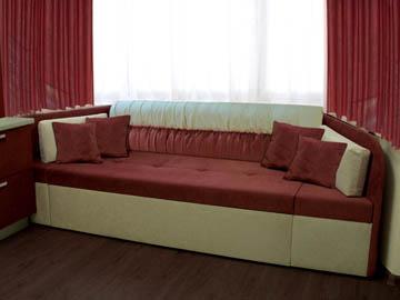 Изготовление эркерного дивана