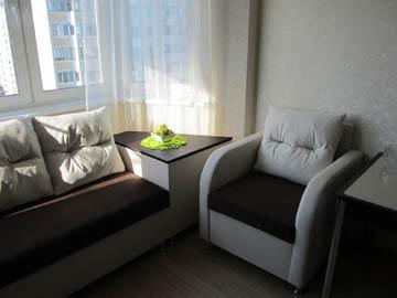 Эркерный диван с тумбой и креслом на заказ