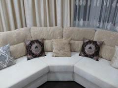 Эркерные диваны в гостиную на заказ