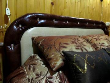 Мягкое изголовье кровати на заказ