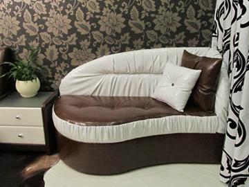 Оттманка для спальни на заказ