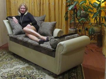 Оттоманка мягкий диван для гостиной