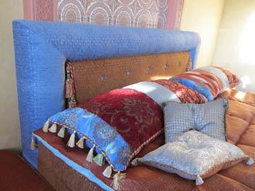 Декоративные подушки в восточном стиле