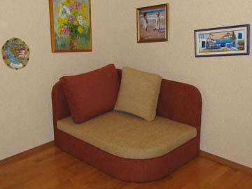 Нестандартное кресло для гостиной